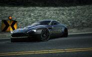 CarRelease Aston Martin V12 Vantage Cop Edition 2