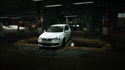 Garage Volkswagen Golf R32 White