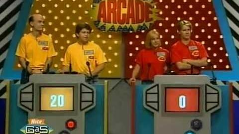 Nick Arcade - Mike and Nick vs. Jill and Rick (Welcome Freshmen Special)