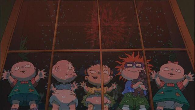 File:Rugrats watching fireworks.jpg