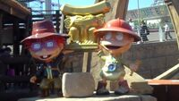 Rugrats Lost River Tommy & Chuckie Statues