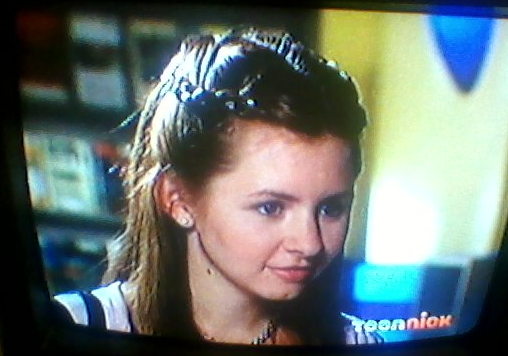 File:Beverley Mitchell.png