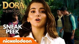 What's in ISABELA MONER's Backpack? I Exclusive Look from Dora and the Lost City of Gold 🎬🍿🎒