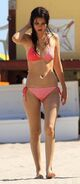 Victoria-Justice-Bikinis-in-Miami-with-Ryan-Rottman-14-680x1024