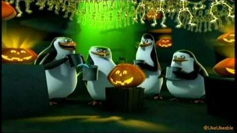 (HQ) Penguins Halloween short - Vampenguins
