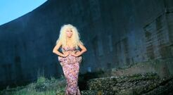 Nicki-minaj-freedom-behind-the-scenes
