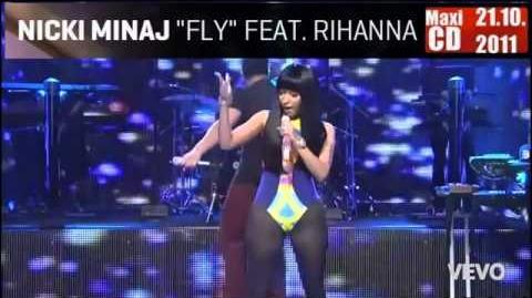Drake feat. Nicki Minaj - Make Me Proud (LIVE) - YouTube.flv