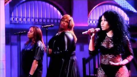 "Nicki Minaj Performs ""All Things Go"" Live On SNL"