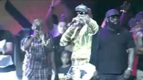 Nicki Minaj & 2 Chainz Surprise Performance At Hot 97's Summer Jam XX-0