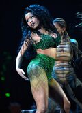 2014 VMAs Anaconda performance 2