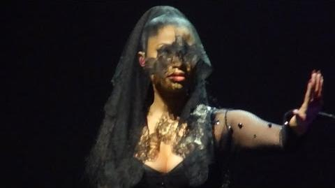 Nicki Minaj - Intro All Things Go (Brussels, Belgium - The Pink Print Tour, Palais 12 - HD)