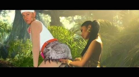 Ellen's Anaconda Video!-1