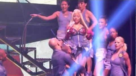 Nicki Minaj&Cassie - The Boys - live Manchester 22 october 2012 - HD