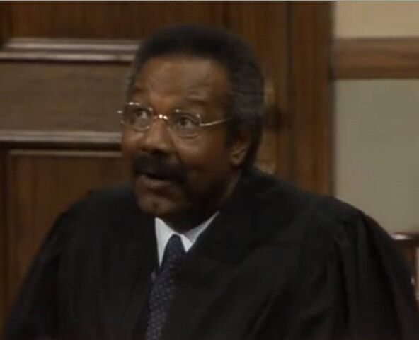 File:Jason Bernard as Judge Willard.jpg
