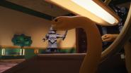 Светло-коричневые змеи в шпионаже