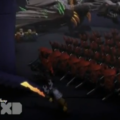 <b>Dareth atacando al Gran tirano con su ejercito</b>