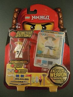 853111 Exclusive Weapon Training Set