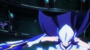 Queen notices Shiro's attack