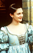 Juliette (Drew Barrymore)
