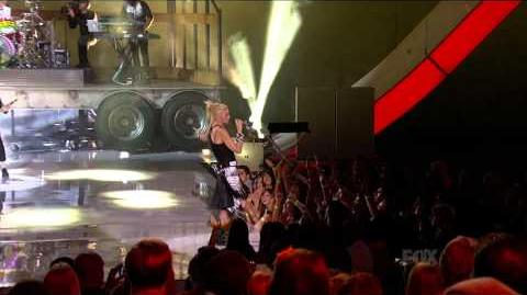 No Doubt - Settle Down (Live at 2012 Teen Choice Awards)