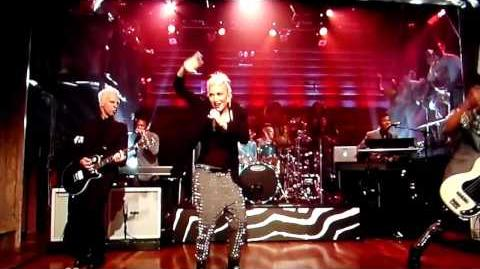 No Doubt performs Settle Down live on Late Night With Jimmy Fallon 2012