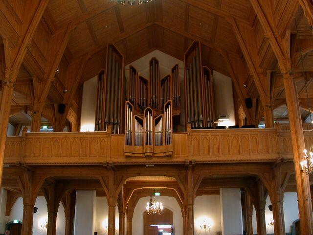 File:Kristiansand domkyrkje orgelet..jpg