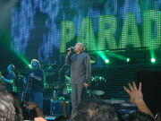 Phil Collins Singing