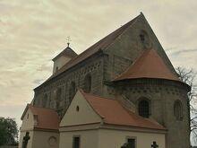 Wikia140914-DCE-chyby-sedivost-kostel-potvorov-f-jaroslav-lehecka-WMC-lic-ccbysa4