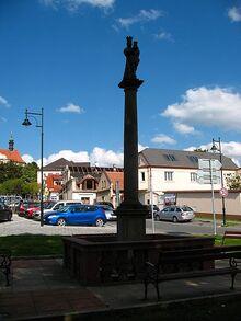 Wikia140919-wlm-mnichovice-mariansky-sloup-f-lukas-panek-WMC-ccbysa4
