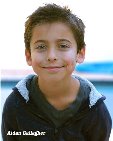 File:Aidan-gallagher-1410903042.jpg