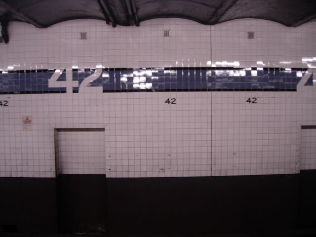 File:42 tiles.JPG