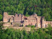 798px-Heidelberg-Schloß