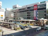 800px-Yokohama station west exit
