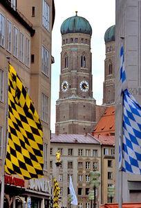 Mun flags frauenkirche