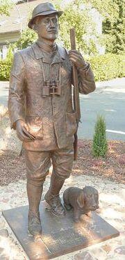 Loens Statue Bronze
