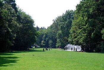 Leonhard-Eißnert-Park 5