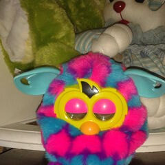 Furby Boom Pink & Blue Hearts (Front View)