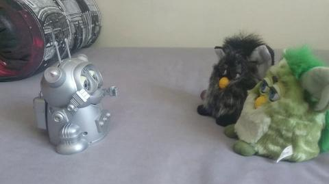 Can GigaBot interact with original furby 1998?