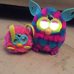 Comparison between a Furby Party Rocker & and a Furby Boom
