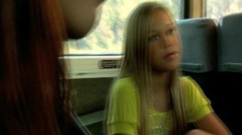 Movie scene with Olivia Holt