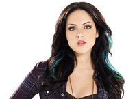Elizabeth-Gillies-Wallpapers-5