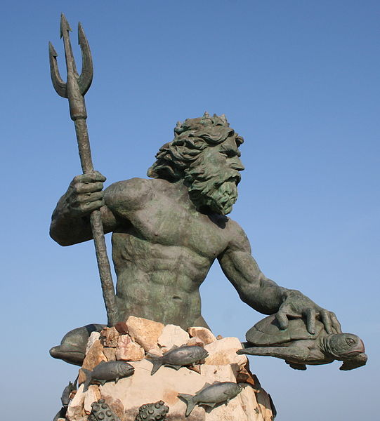 541px Neptune Statue Virginia Beach Jpg