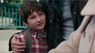 2x01 Henry Mills David Nolan Mary Margaret Blanchard bras embrassades retrouvailles famille Malédiction rompue