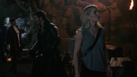 3x04 Emma Swan Killian Jones Mary Margaret Blanchard grotte Baelfire