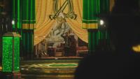4x17 Palais Cité d'Émeraude loge Grand Magicien d'Oz Robin de Locksley des Bois salut Zelena Méchante Sorcière de l'Ouest