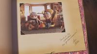 Là-Haut Up Disney Pixar 2009 page livre d'aventure photographie Carl Ellie Fredricksen vieux couple maison note derniers mots adieux remerciements
