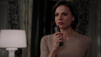 1x03 Regina Mills mairie appel