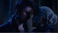 5x10 Killian Jones Capitaine Crochet Ténébreux Emma Dark Swan amour baiser futur découverte disparission voix esprit Rumplestiltskin