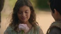 5x04 Guenièvre enfant fleur rose cadeau
