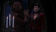 2x20 Reine Regina Rumplestiltskin échange nuit Palais sombre